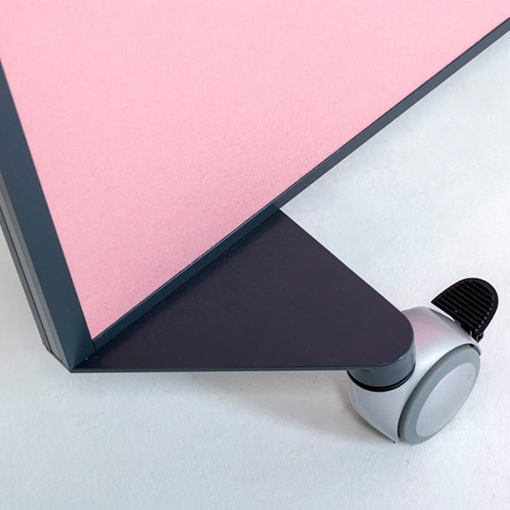 Close Up Of Feet Era Mobile Screen Motus Pink with Black Frame