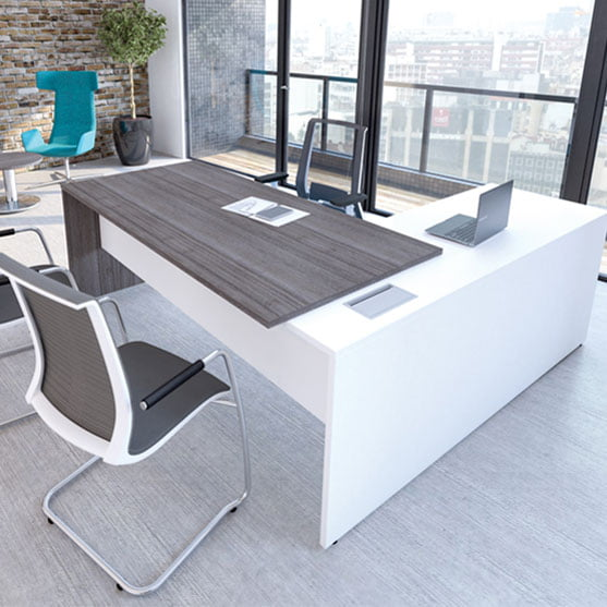 I Executive Straight Desk with Return