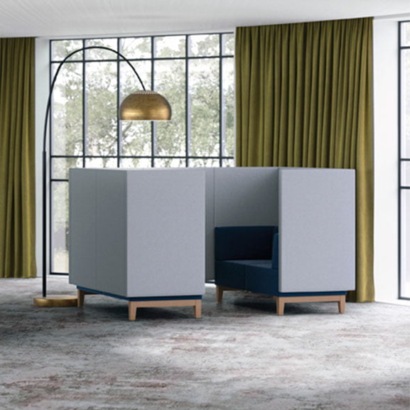 Pledge fence high back sofa booth with wooden legs