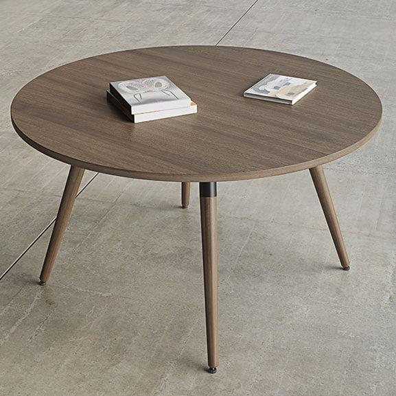 Moment Circular Table
