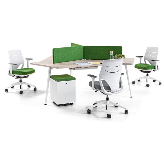 Twist triple desk