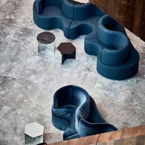 Cloverleaf Sofa in blue