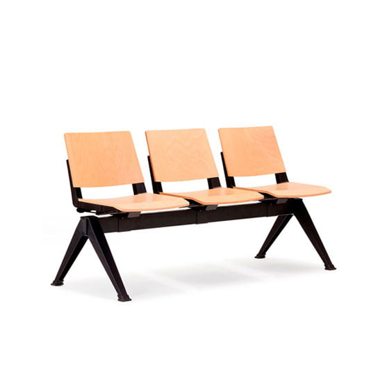 Pila Beam Seating with black legs