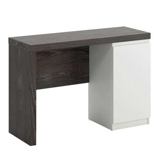 Chanky Desk