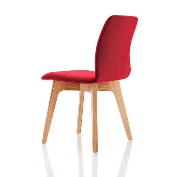 Red Oak 4 leg agent chair boss design