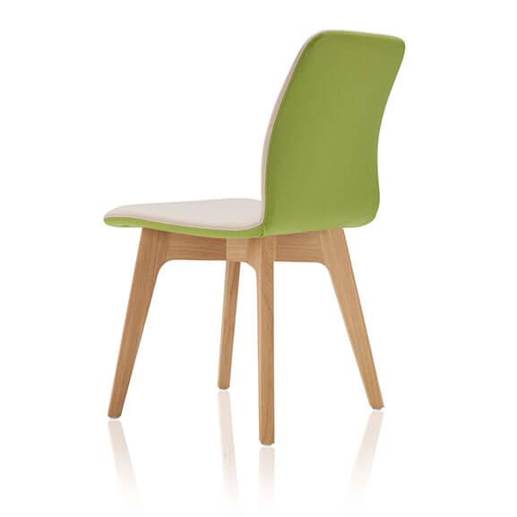 Green oak 4 leg agent chair boss design