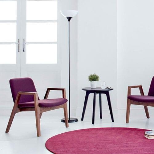 purple oak 4 leg agent chair with arms boss design