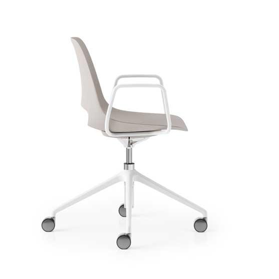 saint chair 4 star base boss design
