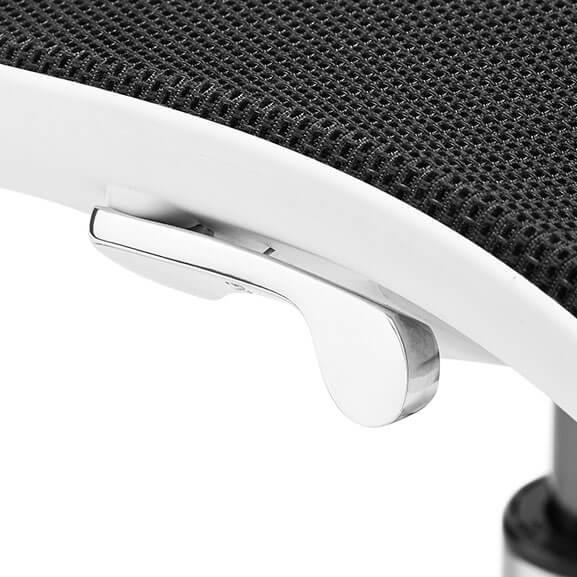 kara close up seat boss design