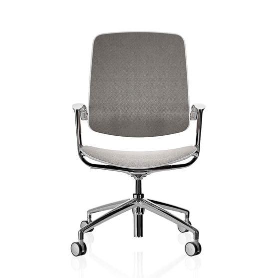 Trinetic mesh chair 4 star base boss design