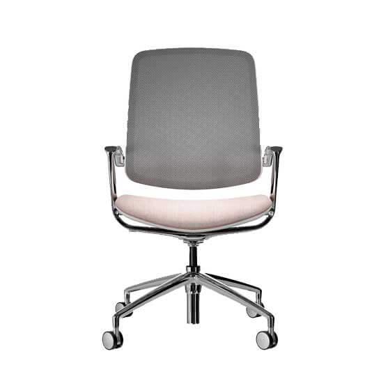 trinetic mesh chair meeting boss design
