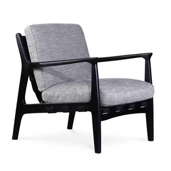 at ease lounge chair 4 leg upholstered workstories